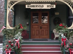 Visit Downtown Lanesboro Throughout this Holiday Season